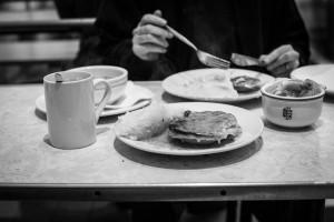 regula-ysewijn-pie-and-mash-shops-london-5115-2